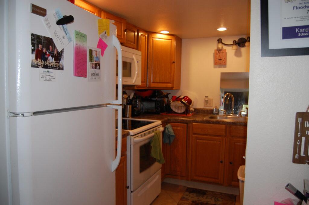 Lower-Apt 2-Kitchen